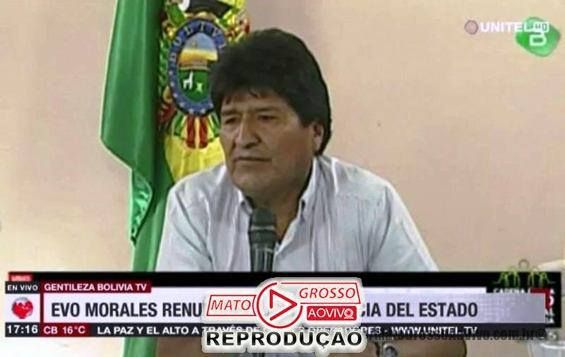 "Sob gritos de ""Narcoditador"", Evo Morales renuncia a presidência da Bolívia e presidente do Tribunal Eleitoral é presa 57"