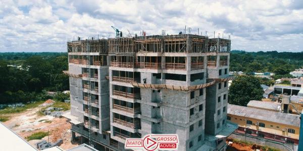 Previsto para ser entregue em julho de 2021, primeiro prédio de Alta Floresta já está com 8 andares construídos 21
