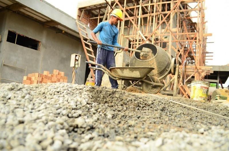 Índice de confiança da construção civil aumenta 5,2 pontos e atinge melhor patamar desde janeiro desse ano