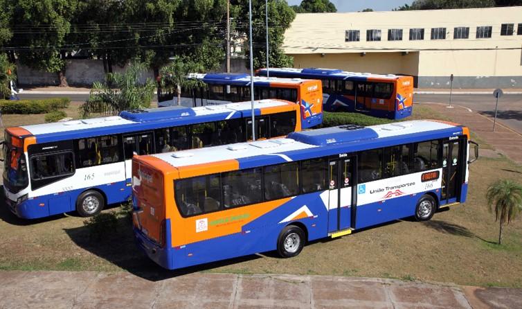 Prefeitura de Várzea Grande quer renovar frota de ônibus até 2024; 10 veículos adaptados ao BRT já chegaram