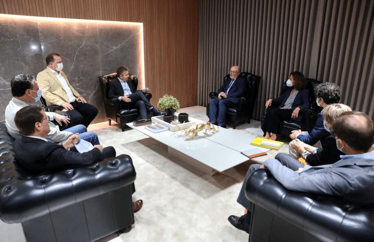 Potencialidades de Mato Grosso são apresentadas para embaixador e embaixatriz da Espanha