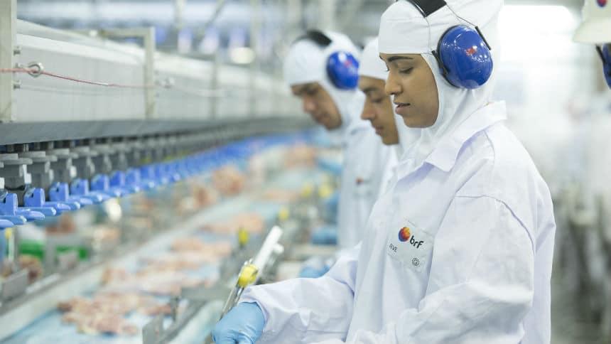 Principal compradora de Mato Grosso, China suspende contrato de carne suína com BRF