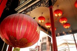 temple lanternes