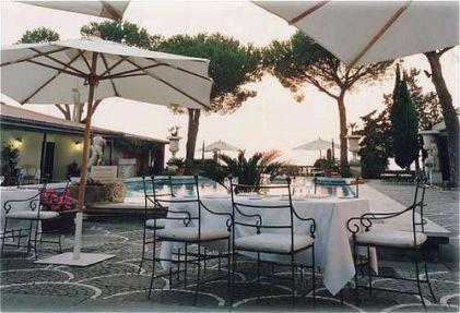 Matrimonio vicino Castel Gandolfo  Hotels per matrimoni a Roma Lazio