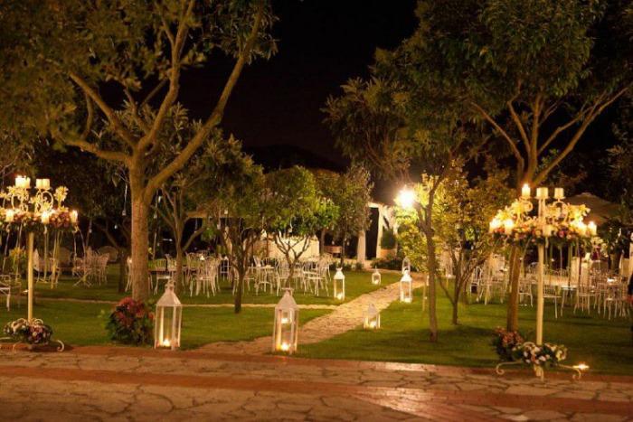 Casale per matrimoni con giardino  Ville  Palazzi per