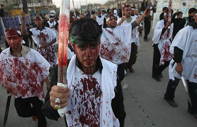 Celebración del Ashura en Sadr City (Irak)