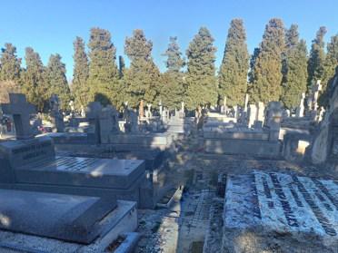 Toda su vida estuvo vinculada al cementerio de la Almudena