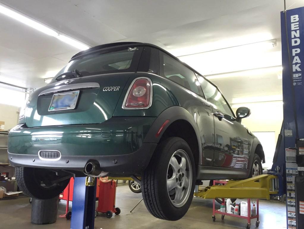 Professional repairs on MINI Cooper