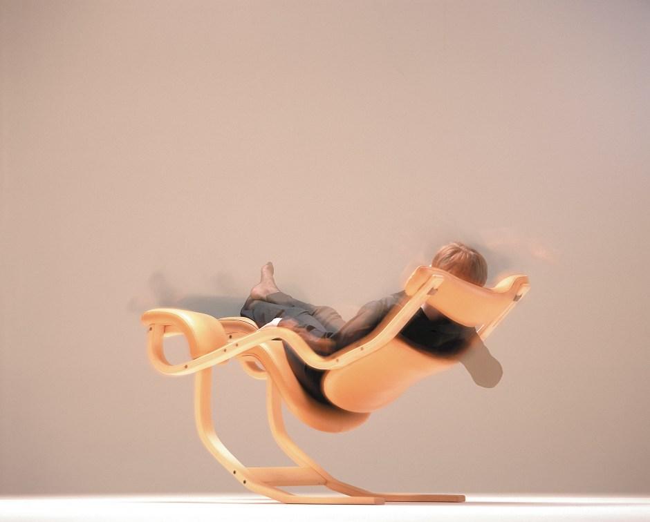 Peter Opsvik. Modell: Gravity balans. Produsert av Stokke. I produksjon fra 1983. Produseres nå av Variér. (Peter Opsvik AS foto: Tollefsen)