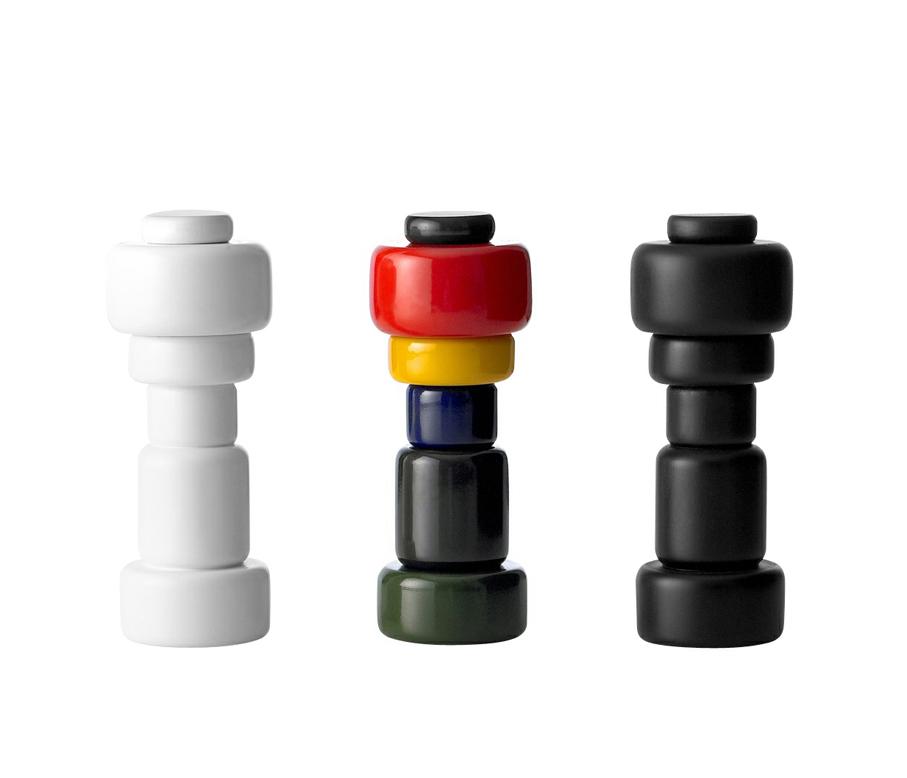 Norway Says. Salt- og pepperkverner. Modell: Plus. Produsert av Muuto, Danmark. I produksjon fra 2008. (Muuto)