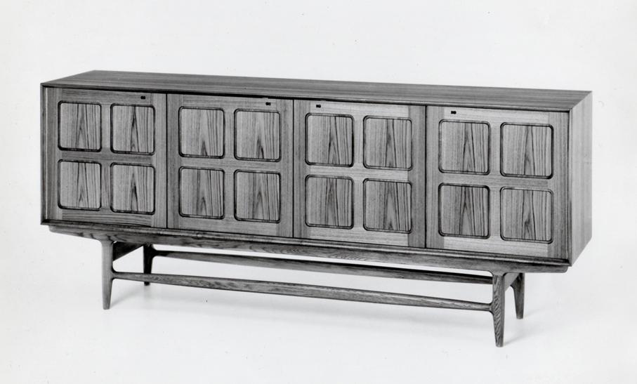 Rastad & Relling Tegnekontor. Modell 336/32 – Edvard. Produsert av Gustav Bahus Eftf. Annen halvdel av 1950-tallet.