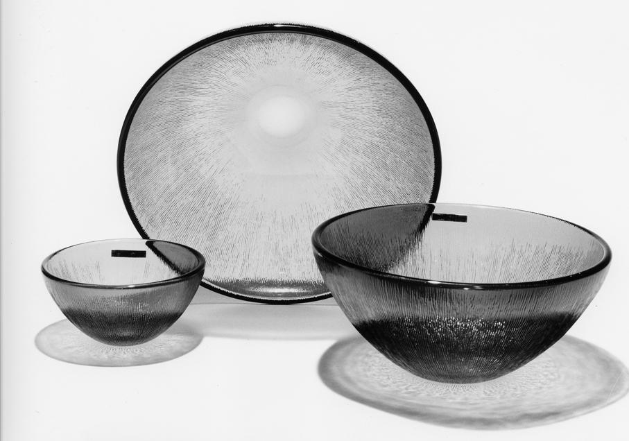 Willy Johansson. Boller. Glass. Modell: Fersken. Produsert av Hadeland Glassverk. I produksjon fra 1956. Tildelt Merket for god design i 1966. (Foto: DogA)