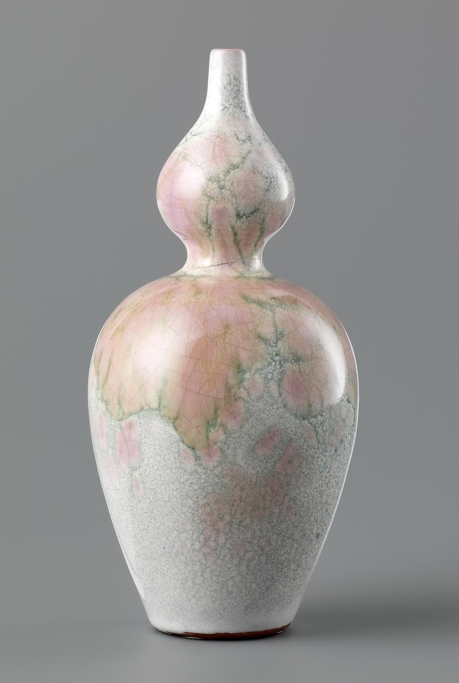 Andreas Schneider. Vase. Utført ved eget verksted. 1897. (Foto: Nasjonalmuseet / Larsen, Frode)