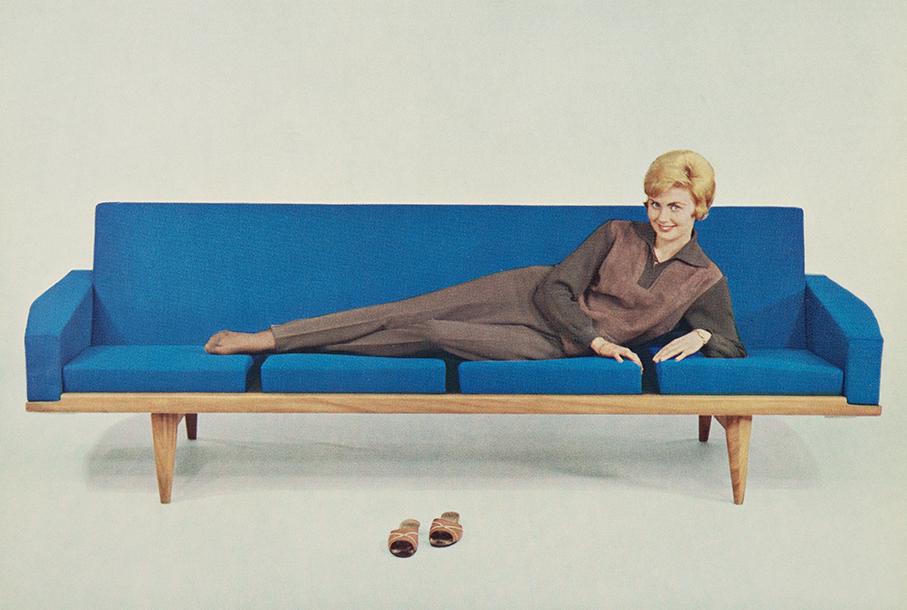 HJELLEGJERDE – MØBELFOTOGRAFIER FRA. CA. 1960 – Mats Linder