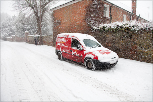 Mat Smith Photography photographs the van of Postman Pat in snow, Hurley Village