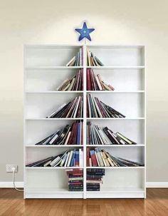 xmas-tree-bookshelf