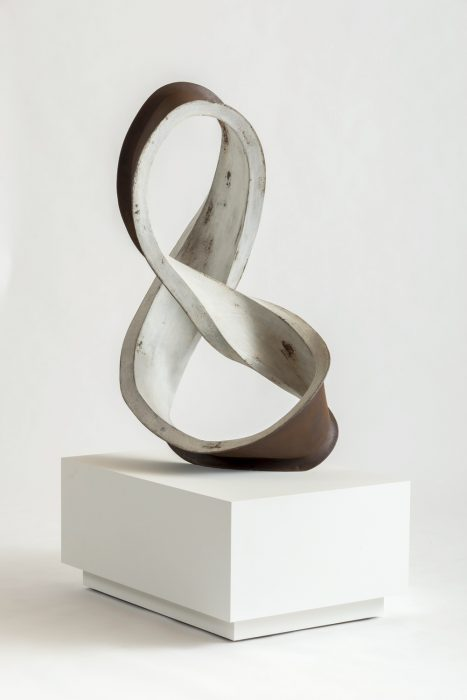 """""""Eight""""  (Lautner Beam / Super String), 2014 Mild steel with patina 45.5 x 27 x 24 inches"""