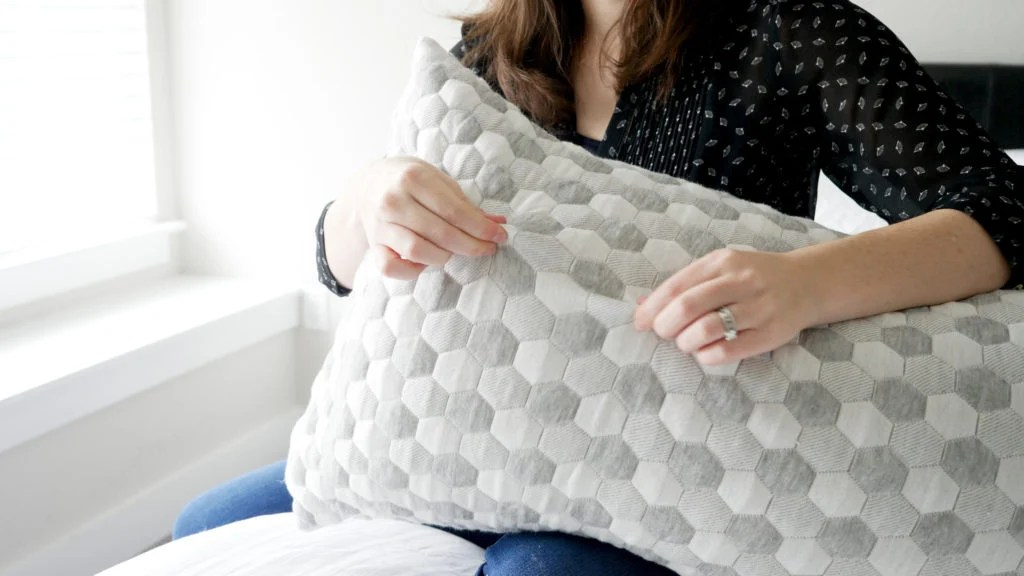 layla pillow review 2021 update
