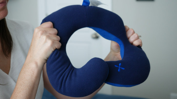 bcozzy travel pillow review best chin