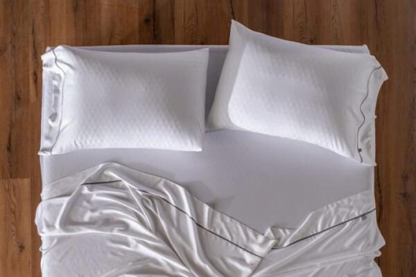 layla pillow review 2021 the