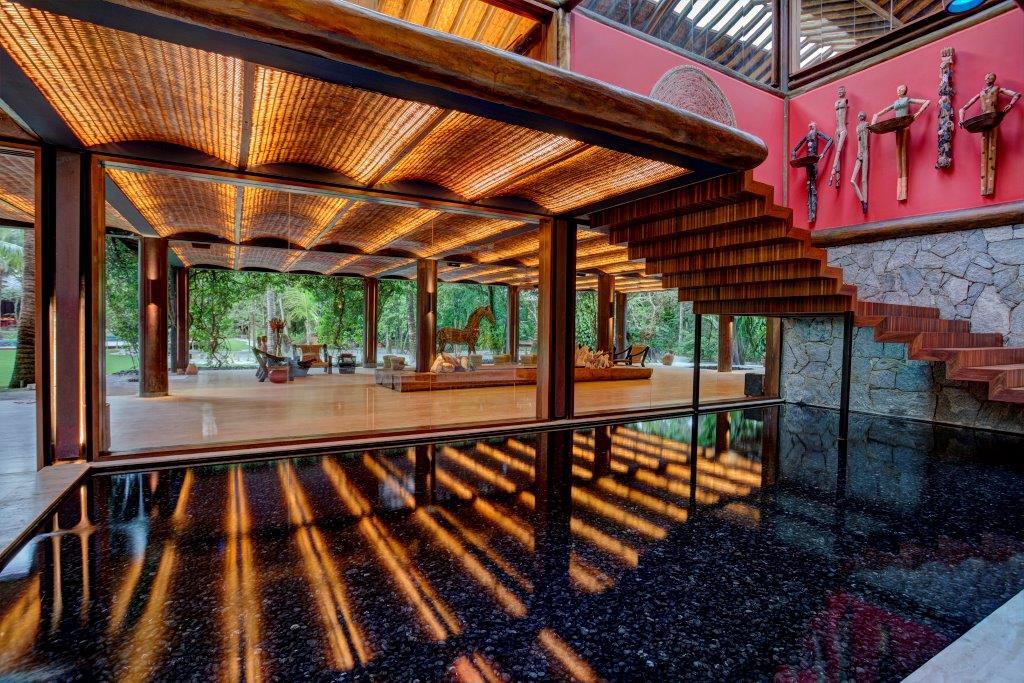 Carrossel aluguel de casas de luxo Villa33 em Trancoso Bahia 8