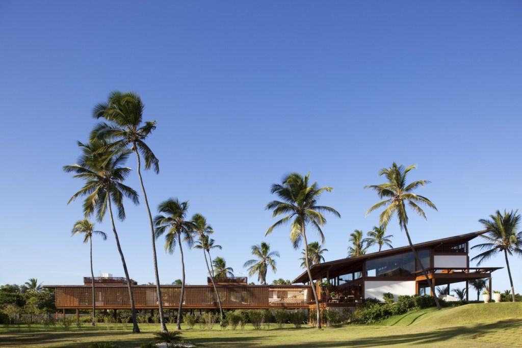 Carrossel aluguel de casas de luxo Villa01 em PraiaInterlagos Bahia 1