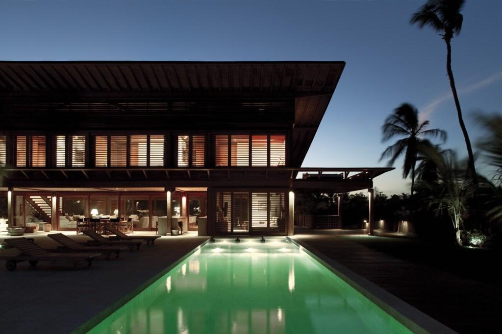 Carrossel aluguel de casas de luxo Villa01 em PraiaInterlagos Bahia 7