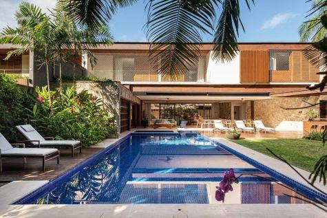 Carrossel aluguel de casas de luxo Villa07 em Litoral Norte Sao Paulo capa compressed 1