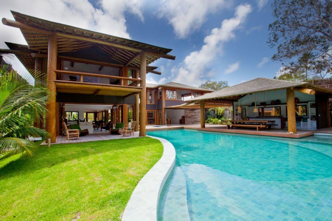 Carrossel aluguel de casas de luxo Villa09 em Trancoso Bahia 1