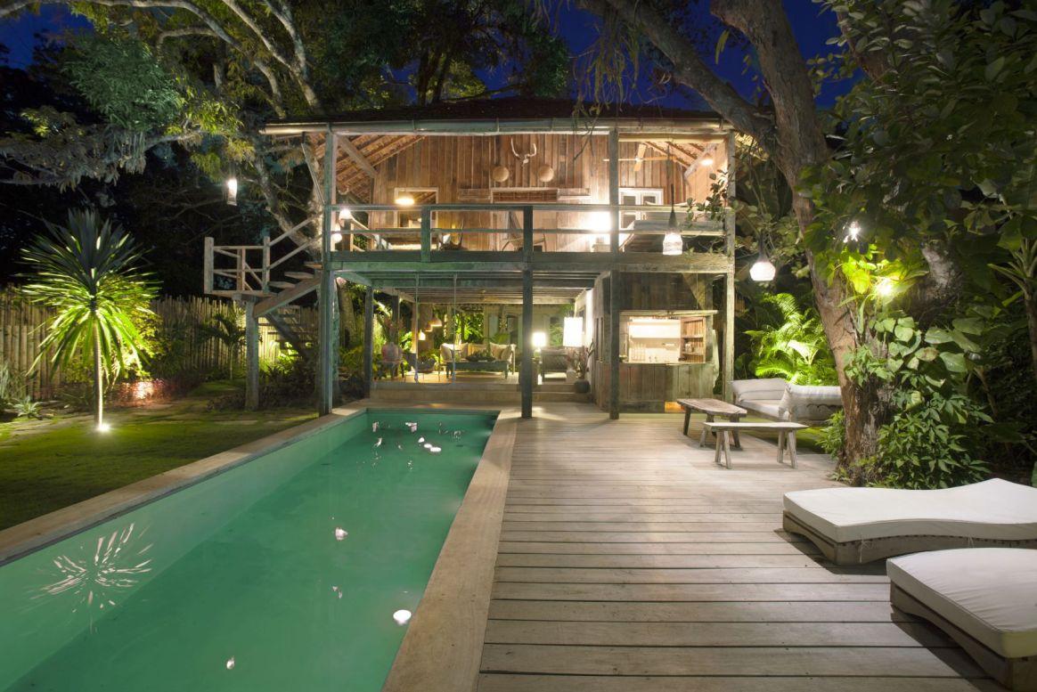 Capa aluguel de casas de luxo Villa42 em Trancoso Bahia