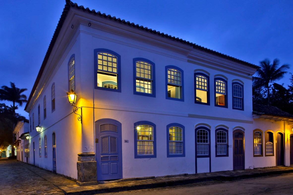 Carrossel aluguel de casas de luxo Villa09 em Paraty Rio de Janeiro 1