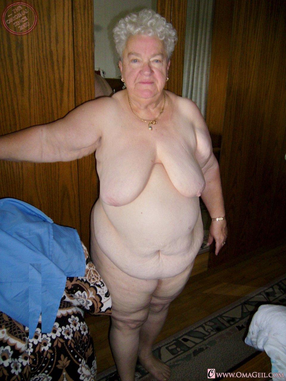 Primary girls nude photo