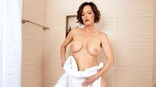 Grandma Ainsley Adams masturbating after a shower