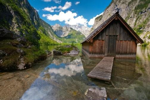 obersee-bootshaus-berchtesgadener-land