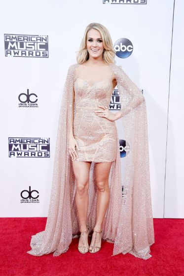 Carrie-Underwood-de-Yas-Couture-para-Maucha-Coelho