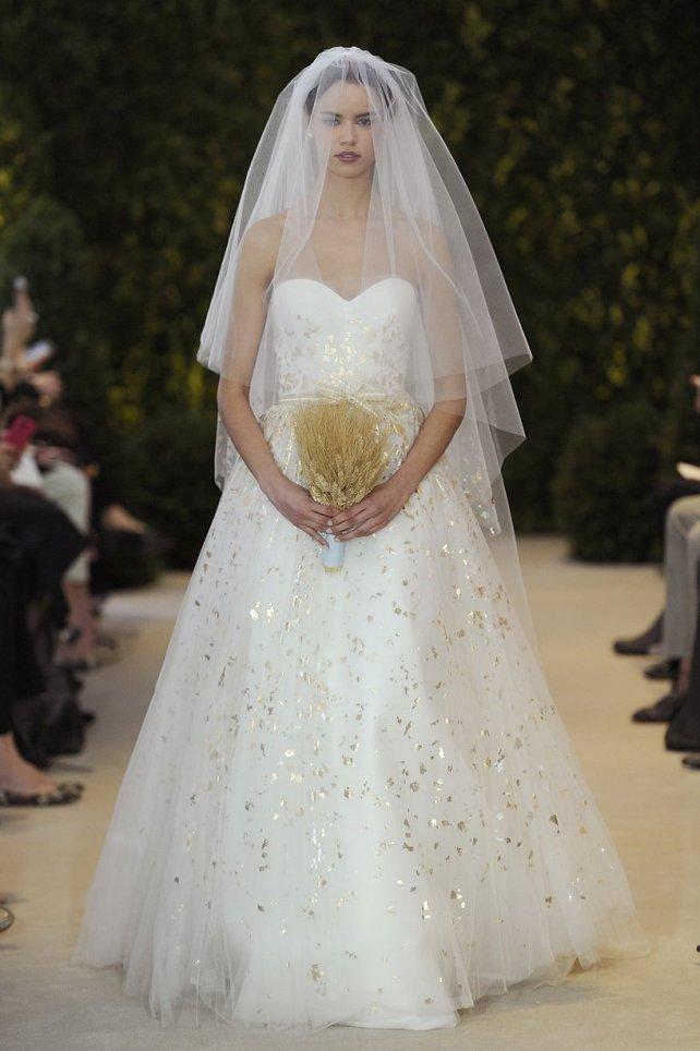 vestido-de-noiva-detalhedourado