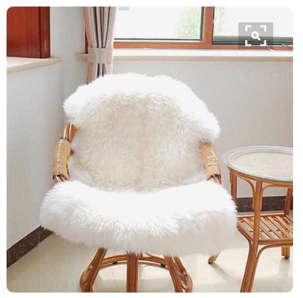 9-cadeira-palha-com-pelego-dicas-val-fernandes-para-o-site-Maucha-Coelho