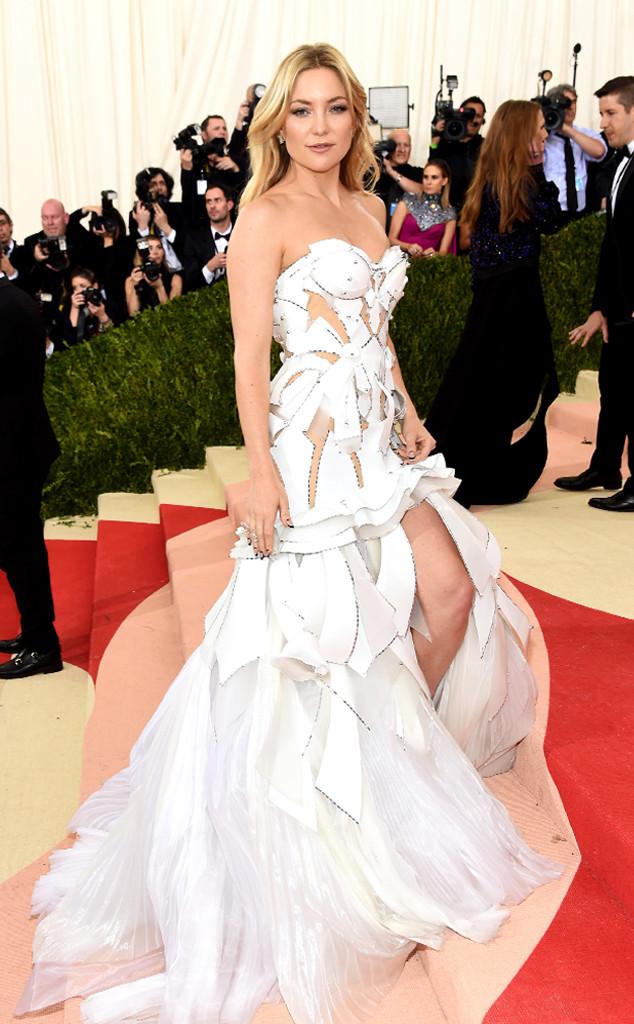 Kate Hudson veste Versace