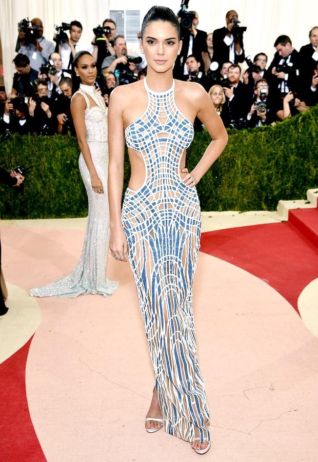 Kendall Jenner veste Versace