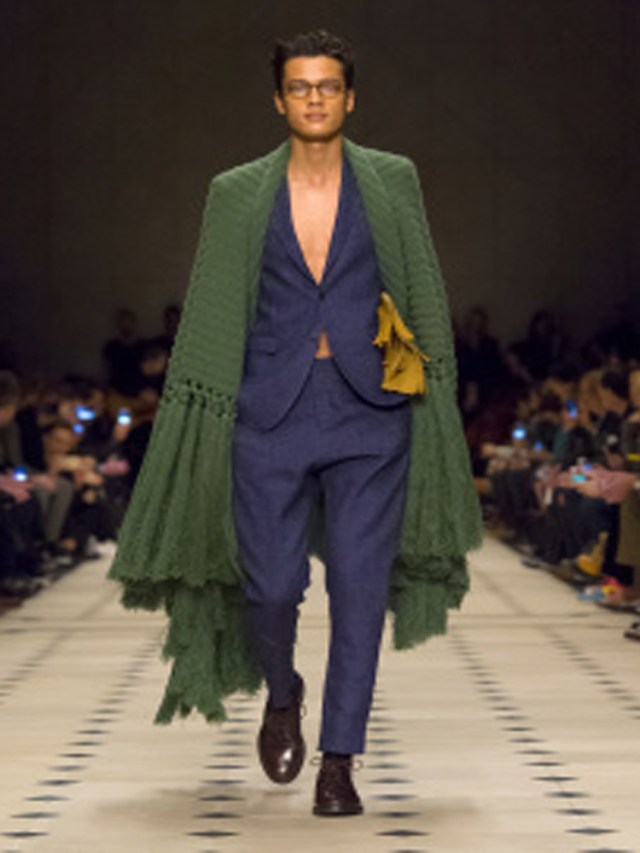 Rebozo-style-shawl-Burberry-Prorsum