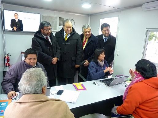 """""""ServiuMóvil permitirá que el gobierno llegue a las familias"""", dijo subsecretario de Vivienda, Jaime Romero"""