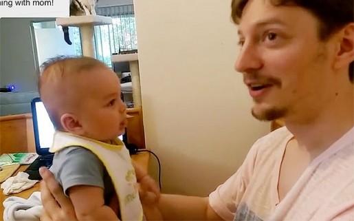 """Video: """"I love you"""" las primeras palabras de un bebé de tres meses a su padre"""