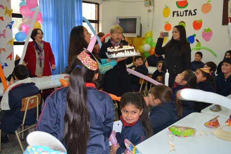 Escuela el Porvenir cumplió 51 años de existencia