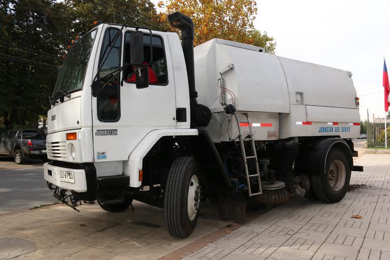 Parral cuenta con nuevo camión barredor para la limpieza de la ciudad