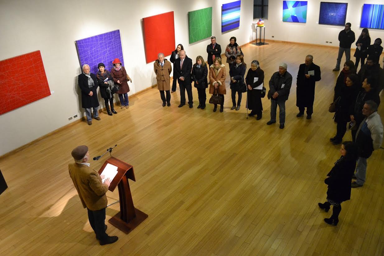 """Universidad Autónoma de Chile y Museo de Linares inauguraron """"Linealismo Abstracto"""" de Andrés Hermosilla"""