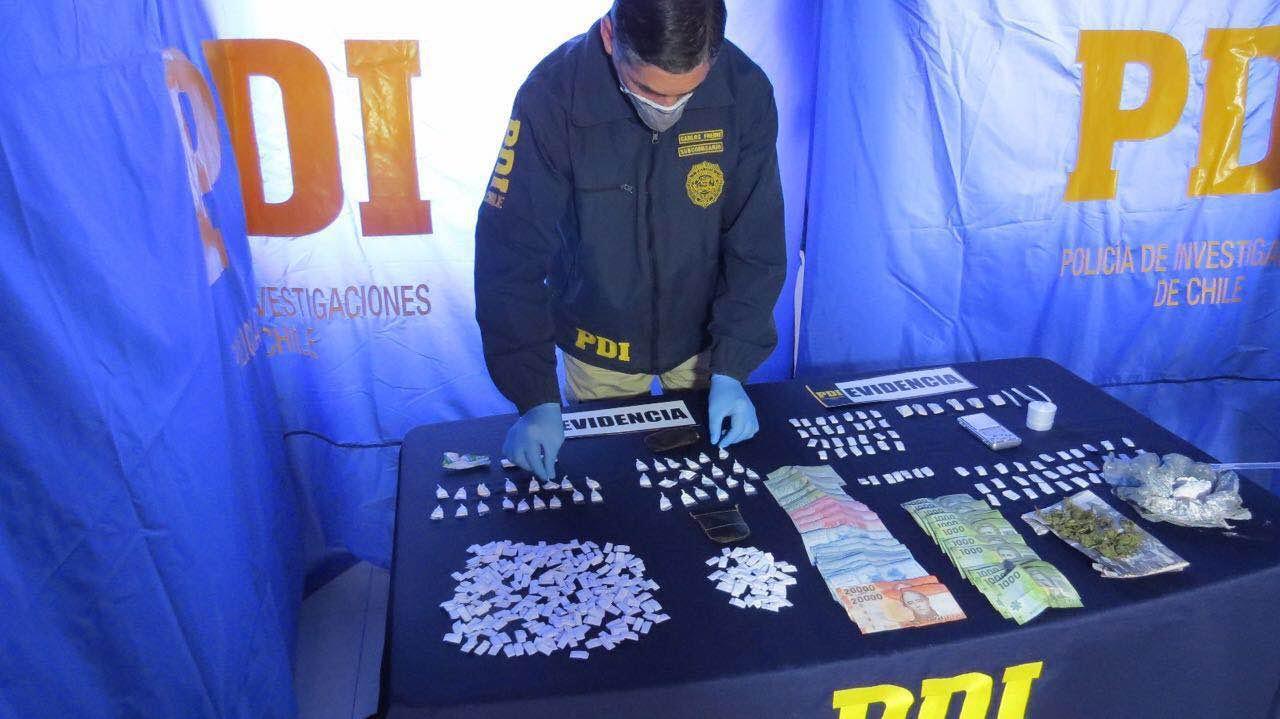 PDI Linares detiene a trabajador de parquímetro por microtráfico de drogas