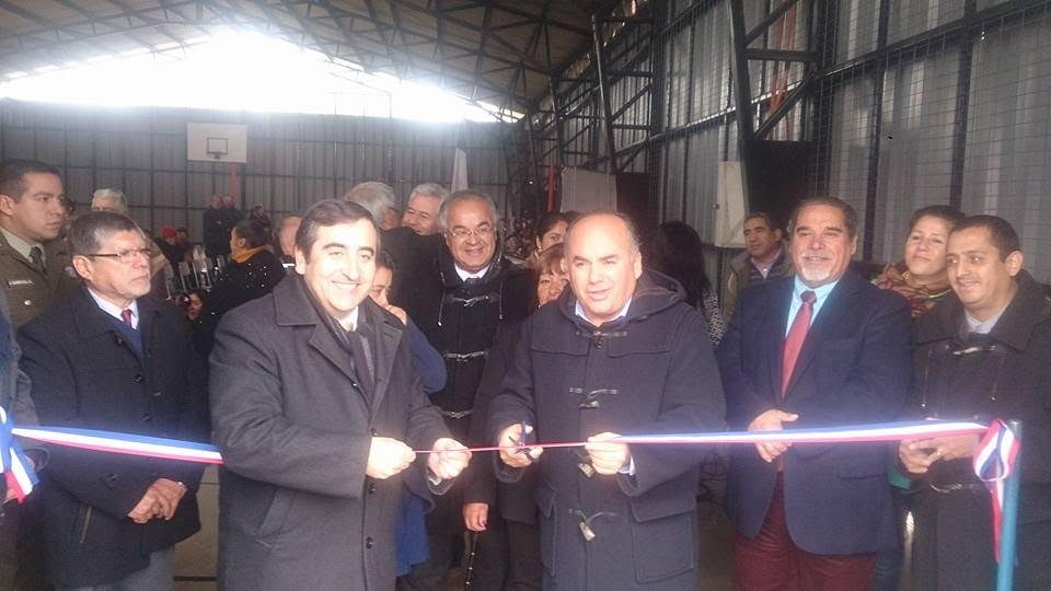 Inauguran mejoramiento y construcción del cierre perimetral de la multicancha de la Escuela de Santa Delfina en Retiro