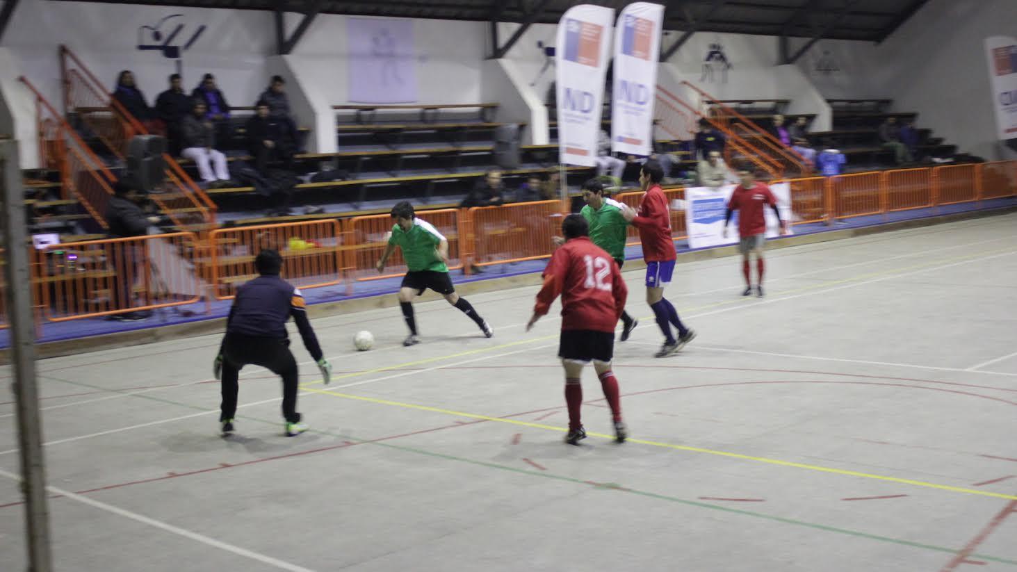 Juntas de Vecinos participan de campeonato de baby-fútbol organizado por municipio y el IND en San Javier