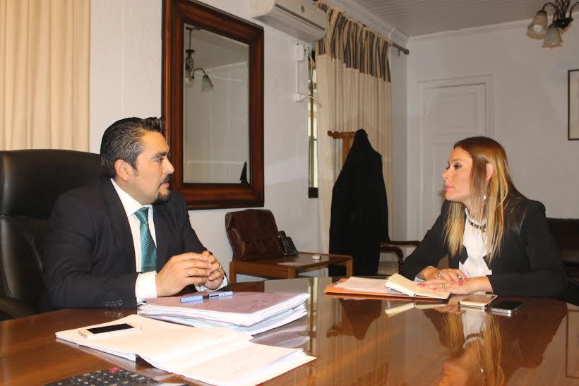 Gobernadora de Linares sostuvo reunión de trabajo con Alcalde de Longaví