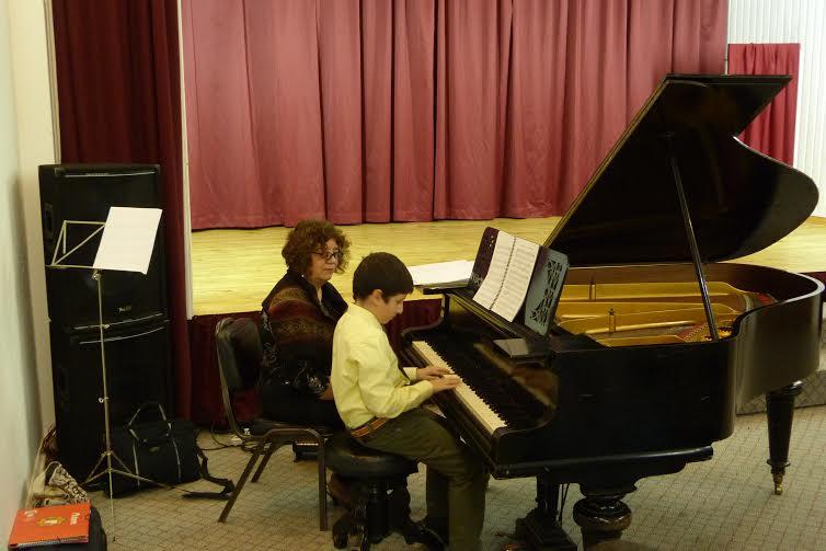 Alumnos de Taller de Piano de la UTalca presentaron sus avances